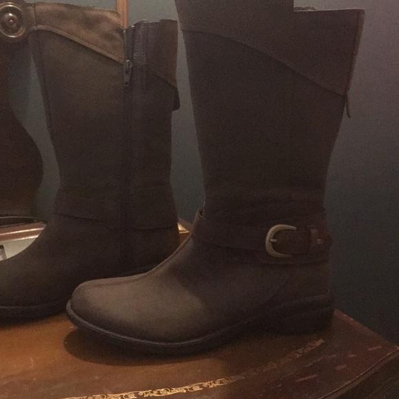 f610e3608ed Captiva Buckle-Down waterproof Merrill boot